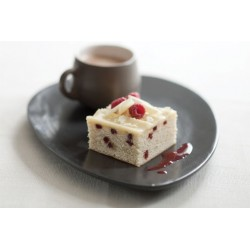 WHITE CHOCOLATE RASPBERRY CAKE TRAY 2KG